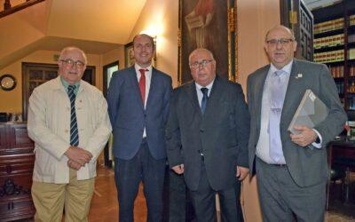 Las Indicaciones Geográficas Protegidas Aceitunas Manzanilla y Gordal de Sevilla, acompañan al Ateneo de Triana, en la entrega de los Premios Llave Corazón de Triana